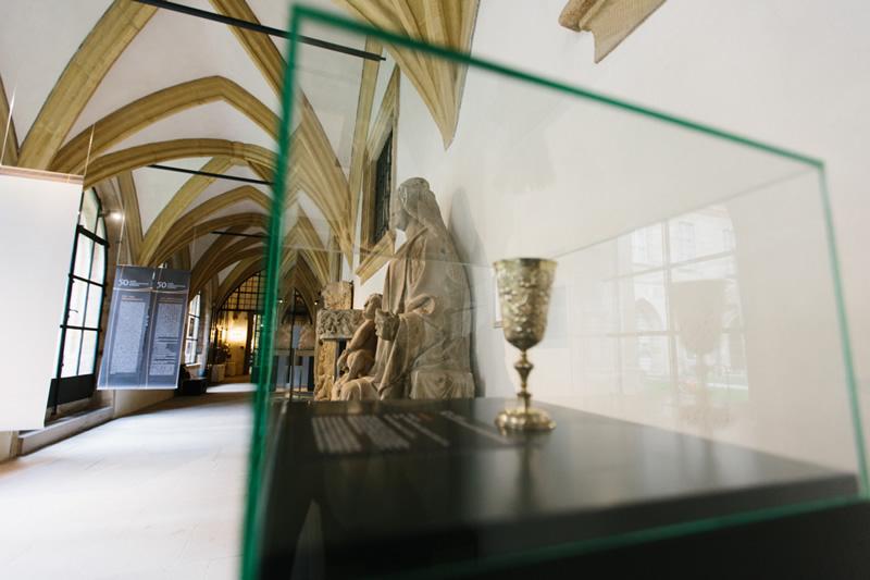 """""""Von Hartz IV zum Kaisermantel"""""""