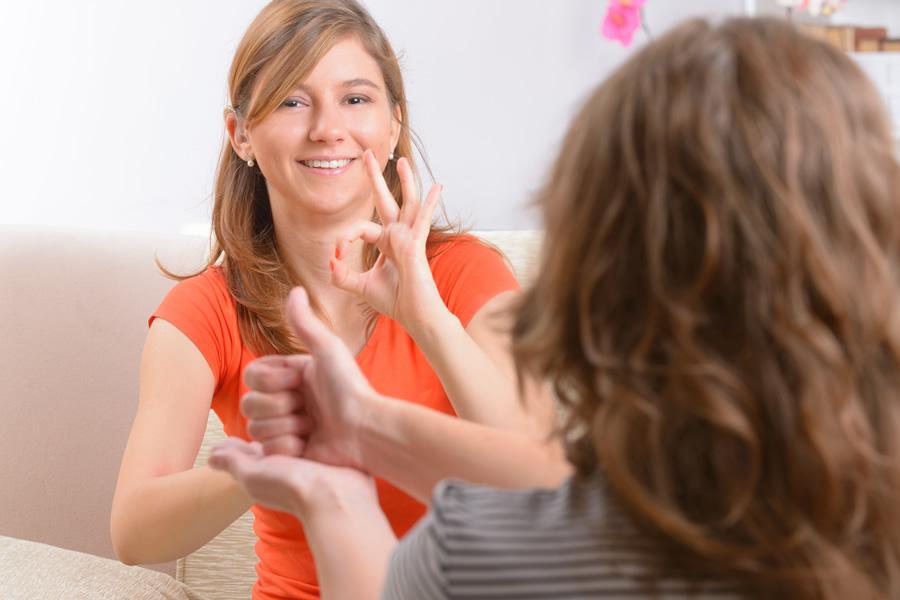Online Beratungsangebot für Menschen mit Hörbehinderung
