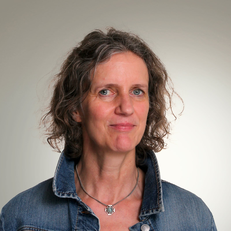 Angela Langer
